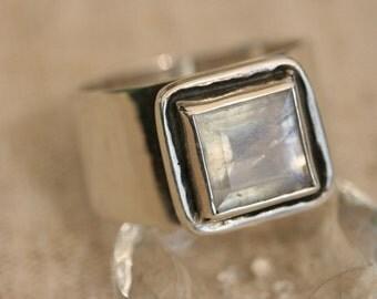 Sterling Silver Ring, Moonstone  Ring, Handmade Silver Ring,Silver Ring, Birthstone Ring, Solitaire Ring,