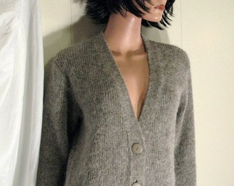 MINT  Beautiful  Chunky Wool and Mohair  TORIO SIEME Designer Slouchy Boyfriend  Cardigan  Sweater Made in Japan Size Medium