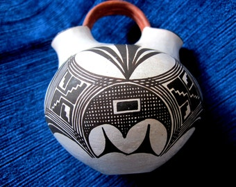 ACOMA Wedding Pot Lilly New Mexico Native American Salvadore
