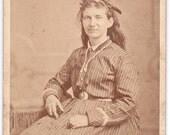 Civil War Woman - Carte De Viste - CDV - Vintage Photograph - Ephemera
