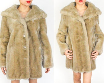 1950's 1960's Light Tan  FAUX FUR Coat. Long Sleeves. Thick Plush Ribbed. Soft Fur. Union Made. 60's 70's