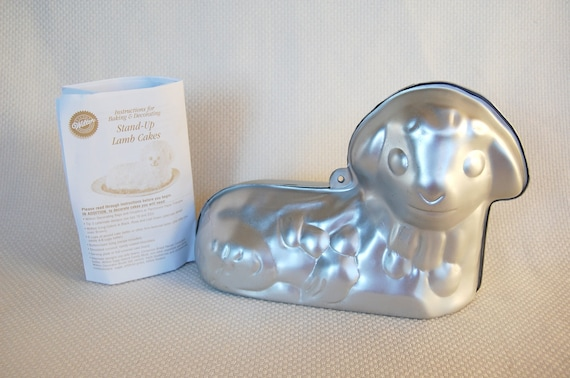 Vintage Wilton Stand Up Lamb Cake Pan With Instructions 3d