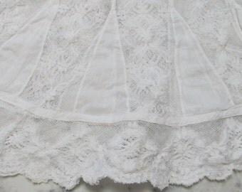VINTAGE Antique Cotton Petticoat Ruffle Fragment-Petticoat Scalloped Lace
