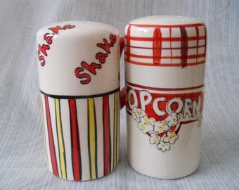 Popcorn Salt and Pepper Shakers - vintage, collectible