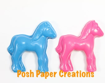 5 sets of 2 horse crayons in cello bag tied with ribbon