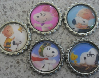5 x Snoopy Peanuts The Movie Inspired Flattened Silver Bottle Caps - Great for Jewellery, Cards, Keyrings