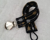 Binky Leash - Black with Gold and White Arrows