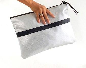 Oversized silver clutch handbag / Silver metallic vegan clutch / Large vegan zippered clutch / Gray vegan faux leather clutch bag / Fall