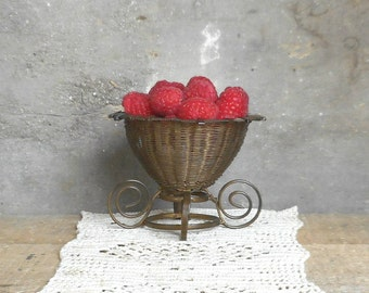 Antique Woven Wire Footed Basket Bowl French Antique Brass Gold Tone