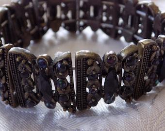Vintage bracelet, black crystal and bronze tone flora 7 inch station stretchy bracelet,jewelry