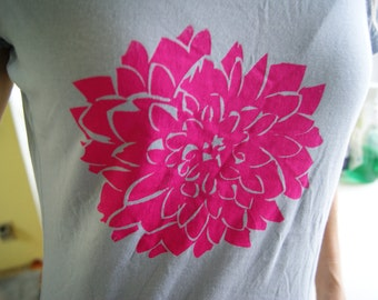 Dahlia Print Organic Bamboo T-Shirt Women's XL Sky Blue and Bright Pink Print