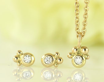 PETITE Classical Diamond Earrings with Gold Orbs