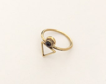 Onyx Delicate Peter Ring in Bronze