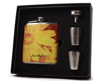 Personalized Distressed Daisy Flask for Women // Womens Flask