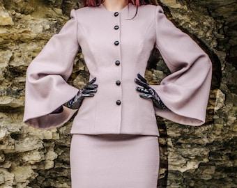 Mia Suit