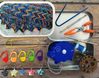 Knitter's Tool Tin - Vittorio: a knitting box filled with tiny travel notions!