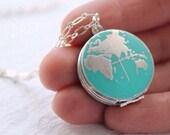 World Map Locket... Vintage Silver Globe Traveller
