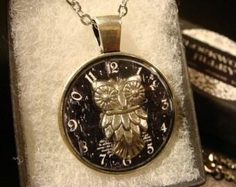 Silver Owl Clock Pendant Necklace (2033)