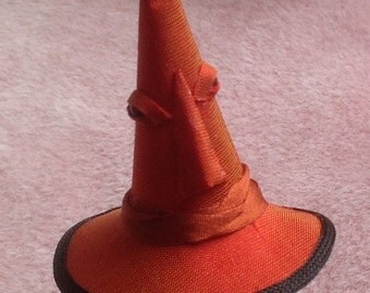 Handmade 1/12 scale dollshouse miniature witch hat