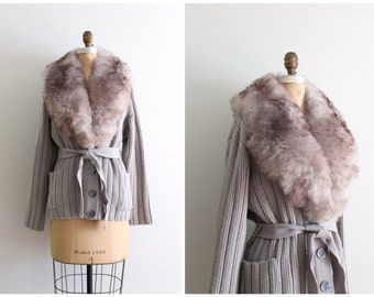 vintage 70s shearling lambswool collar cardigan sweater - dove gray wool / 70s boho sweater - fur collar sweater /  70s belted sweater