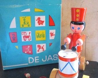 Vintage 1970s-1980s Czech De Jas wooden pull toy / ORIGINAL BOX / motion toy / marching solider drum boy / tin drum
