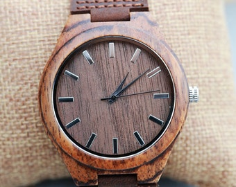 Personalized Brown Wooden Watch, Groomsmen Gifts,Wood Watch, engraved with personal text - Gift for Him/Her, Anniversary, Wedding gift