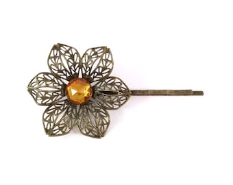 Layla Flower Hair Pin in Amber Gold