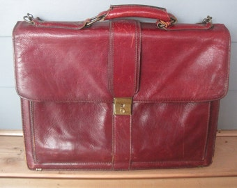Vintage Distressed Oxblood Renwick Leather Briefcase Attach Messenger Bag Detachable Adjustable Shoulder Strap