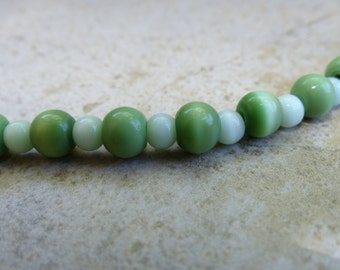 Pastel Green Cats Eye Necklace