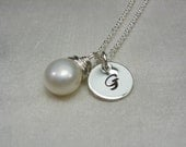 Initial Necklace - Personalized Bridesmaid Gift - Monogram Necklace - Custom Bridesmaid Jewelry Button Pearl Necklace - Personalized Jewelry