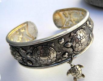 Turtle Bracelet, Silver Turtle Bracelet, Turtle Cuff Bracelet, Sea Turtle Bracelet