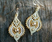 DANGLE EARRINGS/ white earrings/ bridal earrings/ cream and gold jewelry