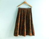 Vintage velvet skirt / brown fall colors / floral paisley / high waisted / long / medium