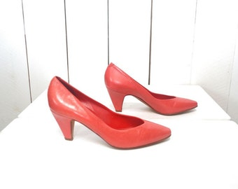 Red Leather Pumps 1970s Vintage Nickels Italian Point Toe High Heels US Size 5 1/2 - 6