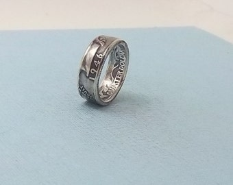 Silver coin ring washington quarter year 1946 size 7   90% fine silver jewelry