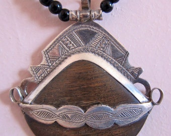 Tuareg Pure Silver Amulet with Ebony wood and Tifinagh Sign at the back