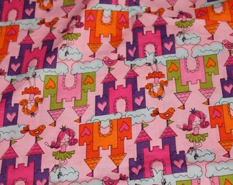 Pink Cloud Castle Crib/Toddler Bed Fitted Sheet