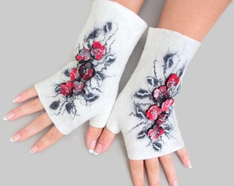 Felted Fingerless Gloves Fingerless Mittens Arm warmers Wristlets Merino Wool Black White Red