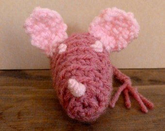 Crocheted Cat Toy Maggie the Mouse - Pink Mouse Toy