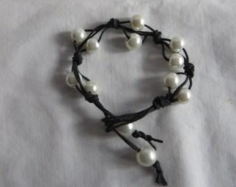 "7"" White Pearl Bracelet on Black Hemp, bracelet, white, pearl, black hemp"