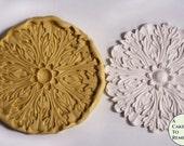 Large ornate acanthus leaf medallion for cake decorating and cupcake decorating M5008