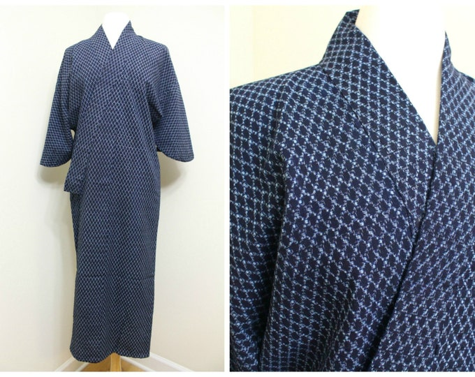 Vintage Japanese Kimono. Indigo Ikat Cotton. Traditional Peasant Folk Wear. (Ref: 1352)