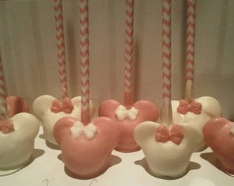 12 Minnie mouse inspired cakepops