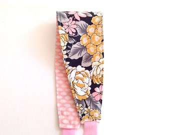 Headband for Women, Teens, or Girls. Reversible. Gray, Yellow, and Pink Floral. Retro Mod Style.
