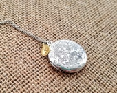 Antique Silver Locket Necklace - Bridesmaid necklace - Vintage Silver Locket - Bridesmaid Locket - Wedding Locket - Flowergirl Locket
