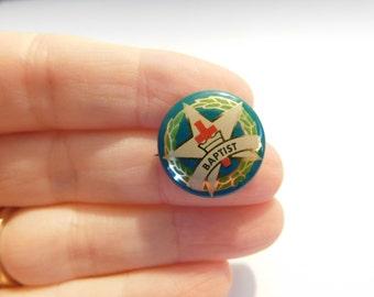 "Vintage Pin Pinback Button That Reads ""  Baptist ""  DR9"