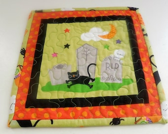 Halloween Mug Rug/Candle Mat-Free Shipping to US and Canada