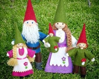Gnome - Dollhouse Gnome  Family - Gnome  Dolls - Waldorf Gnome  - Bendy Doll - Wool Felt - Dollhouse People