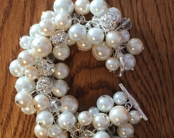 Ivory and white cluster Pearl bracelet with toggle clasp and rhinestones