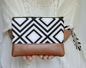 Black & White Wristlet, Wristlet Wallet, iPhone Pouch, Vegan Leather Zippered Pouch, Cellphone Wristlet, Gift for Her, Bridesmaid Gift
